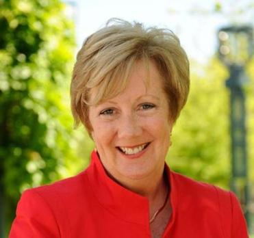 Senator Eileen Donoghue filed a bill that would create a panel to study the feasibility of hosting the Summer Olympics.